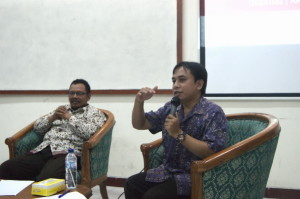 Diskusi Uji Kompetensi Apoteker